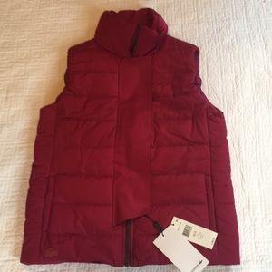 NWT LACOSTE vest